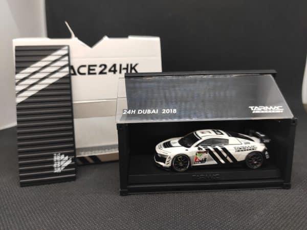 Tarmac Audi con contenedor scaled